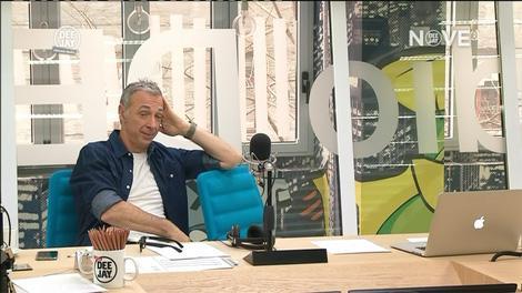 Deejay Tv - NOVE Deejay chiama Italia 02-22 11-35-32