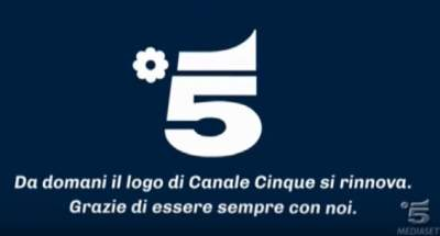 Canale 5 torna visibile sui decoder Sky